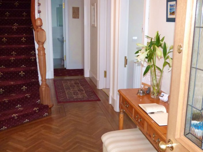douglaspark-guest-house-dunoon-hallway
