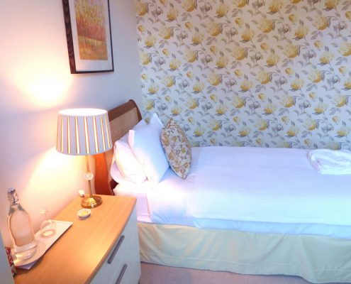 dunoon-accommodation-single-room